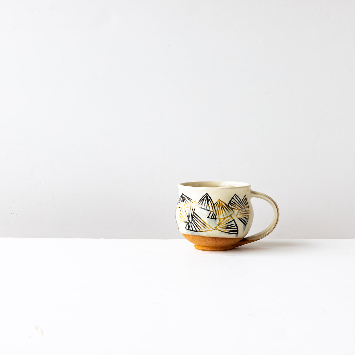 Black & Gold Pattern - Handmade Mishima Round Mug With Folding Fan Pattern - Sold by Chic & Basta