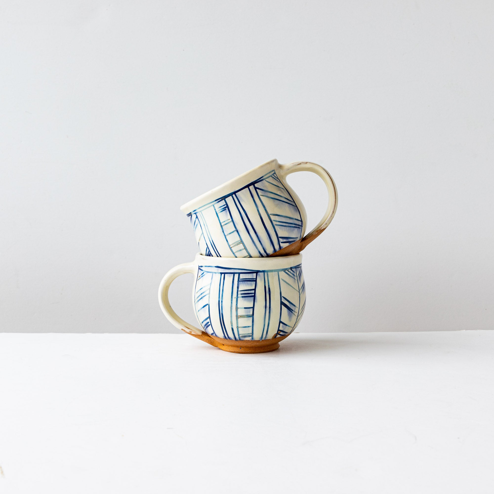 Blue - Handmade Mishima Round Mugs With Lines Pattern - Sold by Chic & Basta