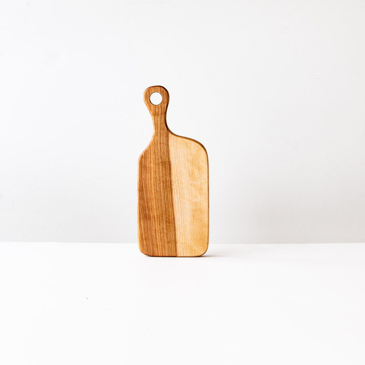 Muskoka N°1 - Handmade Wooden Board in Birch - Sold by Chic & Basta