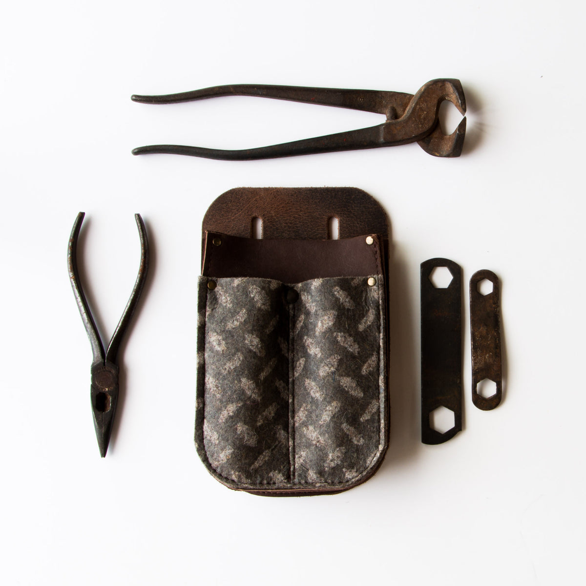 Top View - Leather & Felt Tool Holder / Pouch - Handmade in Canada - Chic & Basta