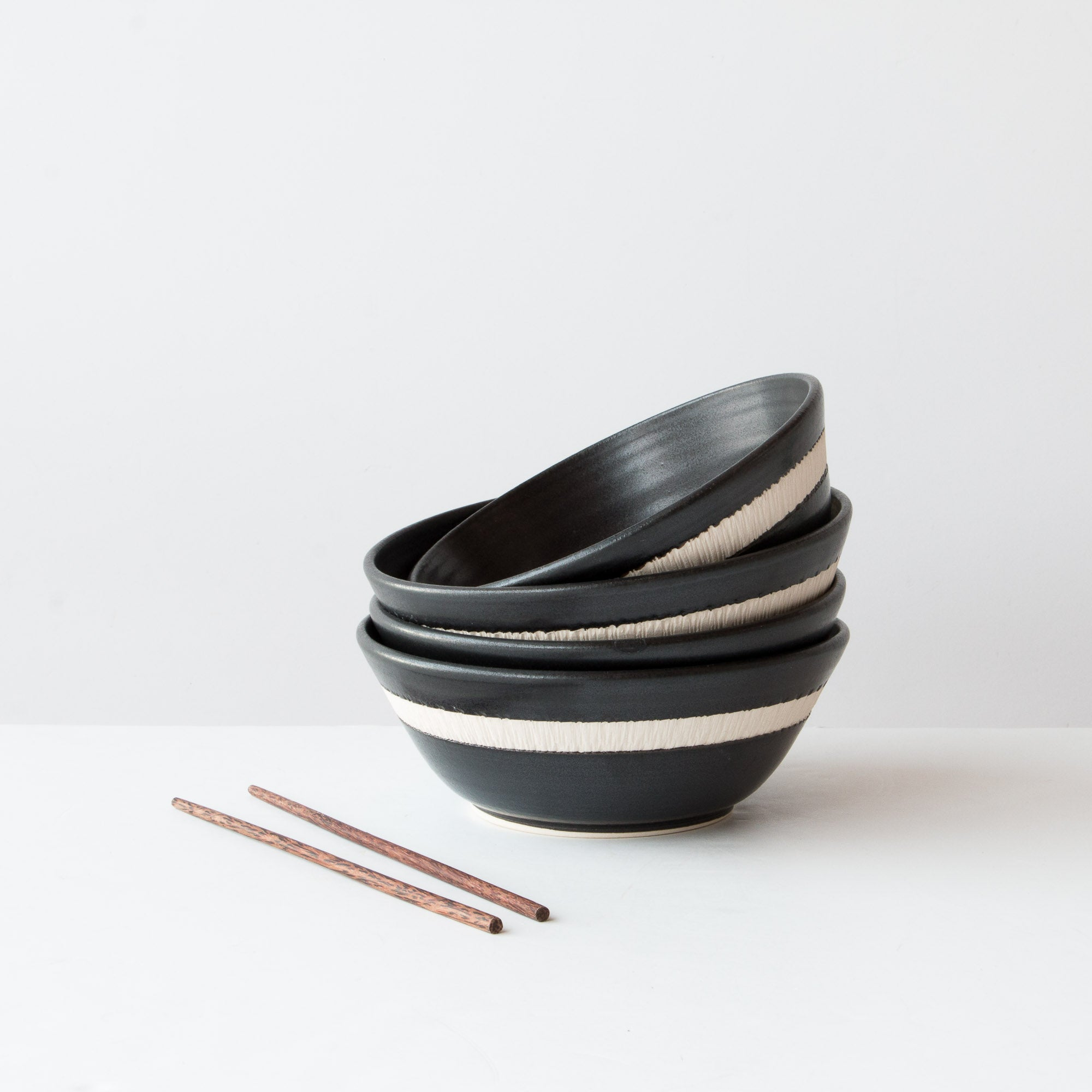 Handmade Ceramic Soup / Poke Bowl - Hand Thrown - Sold by Chic & Basta