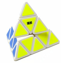 Load image into Gallery viewer, MoYu Pyraminx