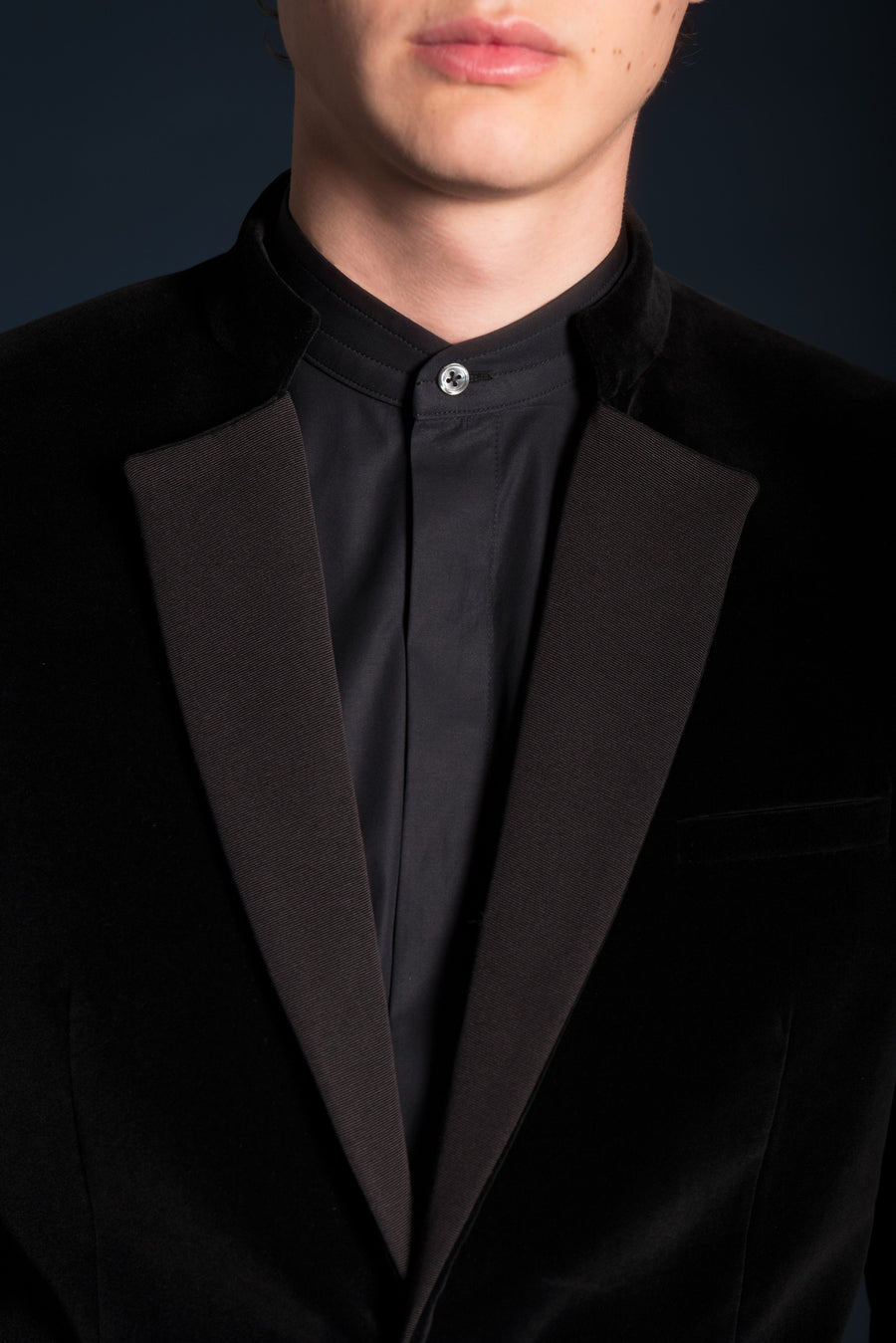 WIDE LAPEL GEORGES JACKET IN VELVET