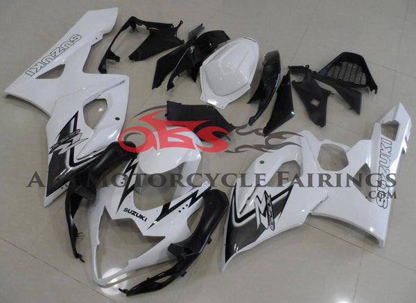 White and Black Fairing Kit for a 2005 & 2006 Suzuki GSX-R1000 motorcycle