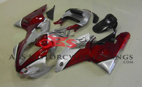Red & Silver 2000-2001 Yamaha YZF-R1