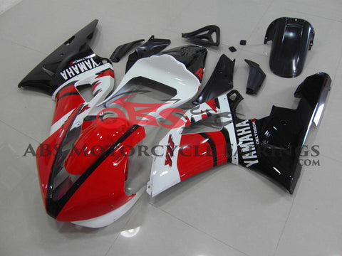 Red White & Black Race 2000-2001 Yamaha YZF-R1