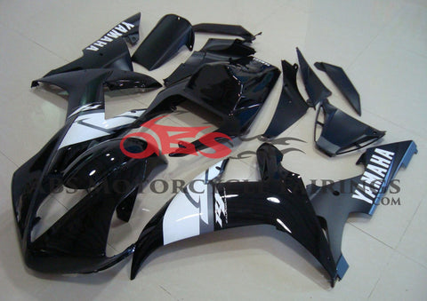 Black and White Race Fairing Kit for a 2002 & 2003 Yamaha YZF-R1 motorcycle