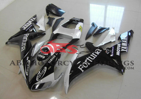 Black and White Fortuna Fairing Kit for a 2002 & 2003 Yamaha YZF-R1 motorcycle
