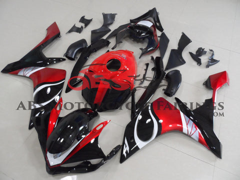Black Red & White 2007-2008 Yamaha YZF-R1