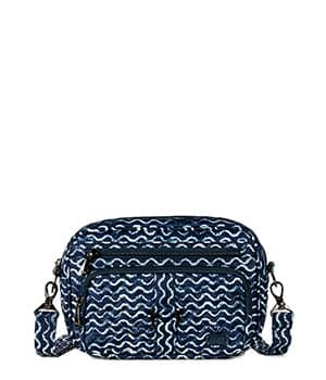 Carousel 3 in Waves Navy