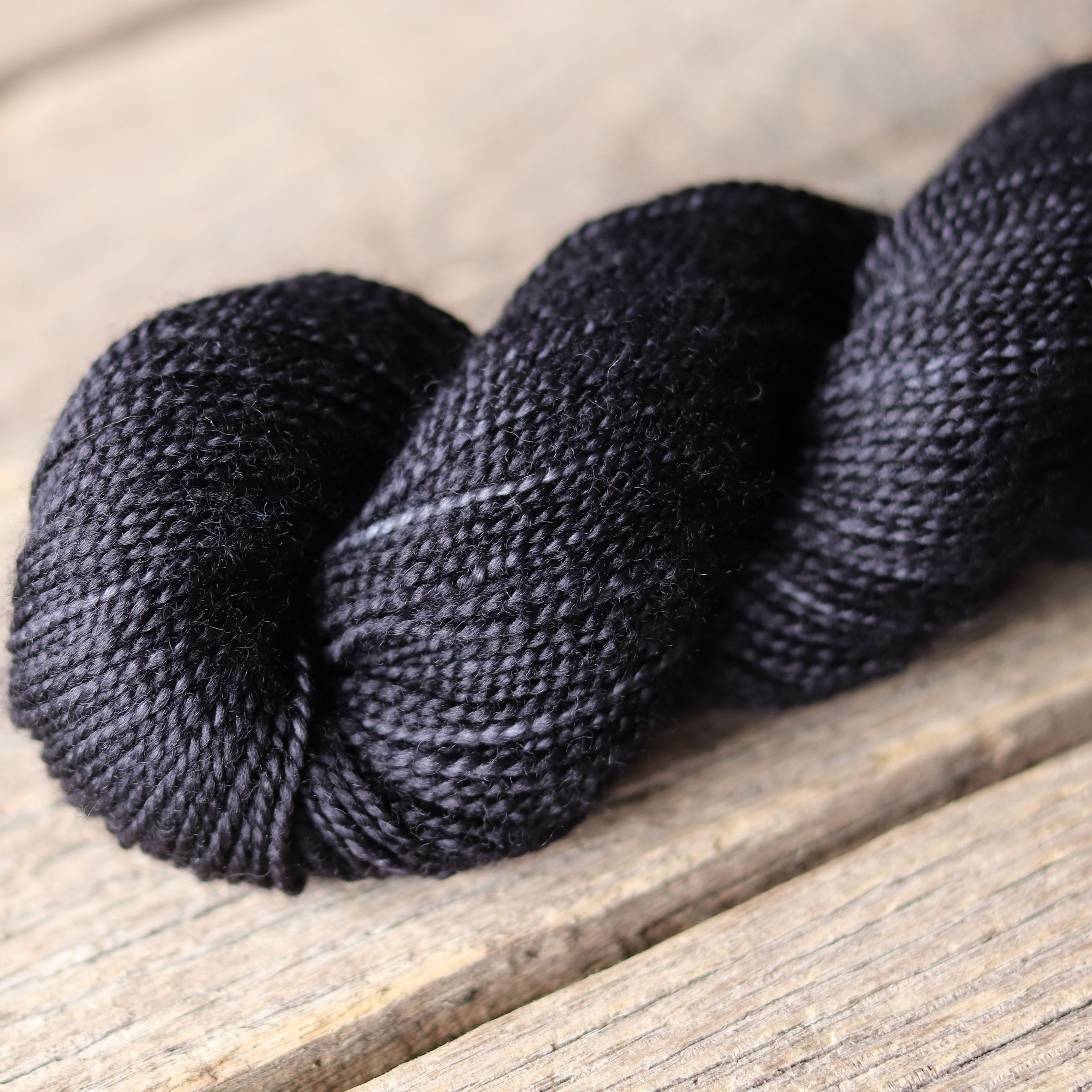 2400 (Black) Bellish Yarn