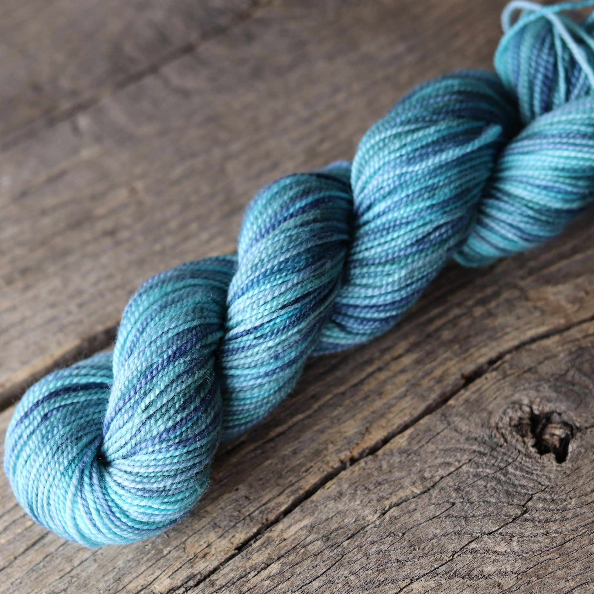 P529L (Aqua) Bellish Yarn