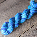 P925 (Blue) Bellish Yarn