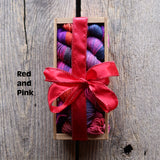 Koigu Fun Sock Crate with two pattern books