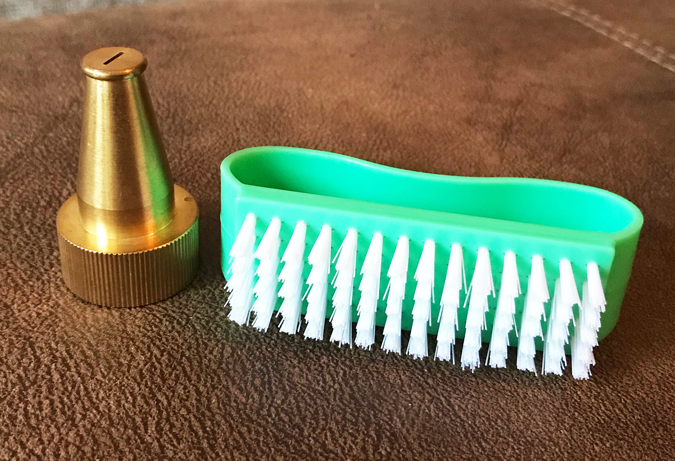 sandal cleaning tools nozzle and scrub brush