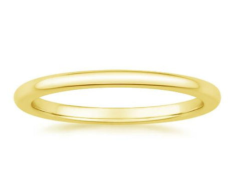 Petite Comfort Fit Wedding Ring in 18k Yellow Gold