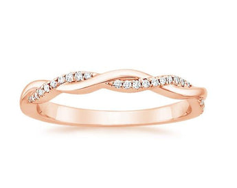 Petite Twisted Diamond Ring in 18k Rose Gold (1/8 ct. tw.)