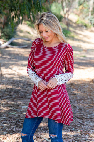 TU1509-STBURG long sleeve stripes crochet cuffs sharkbite tunic