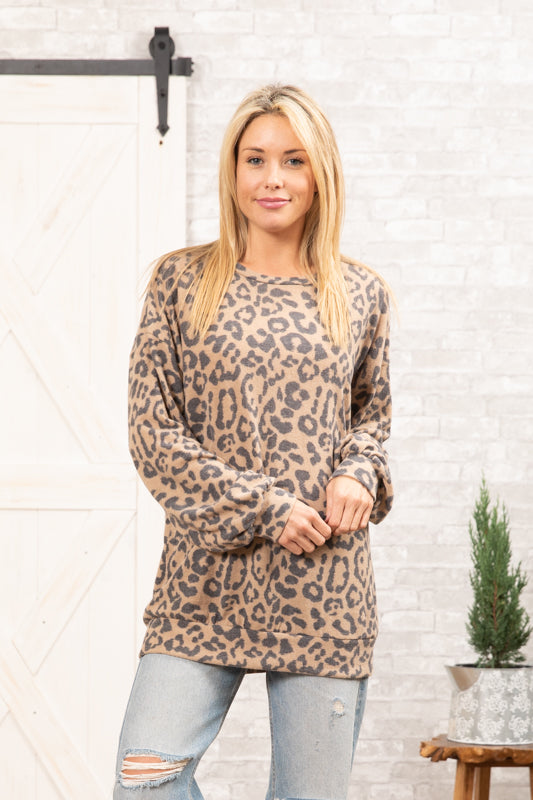 T8315X-AN long sleeve brushed leopard sweater knit