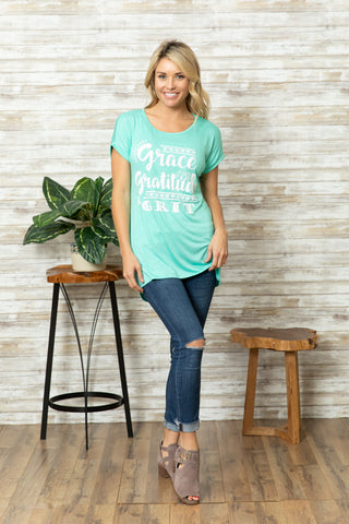 T5342 grace and gratitude tee