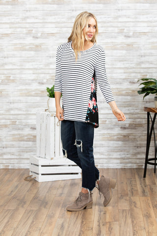 T7785 stripe floral sides elbow top