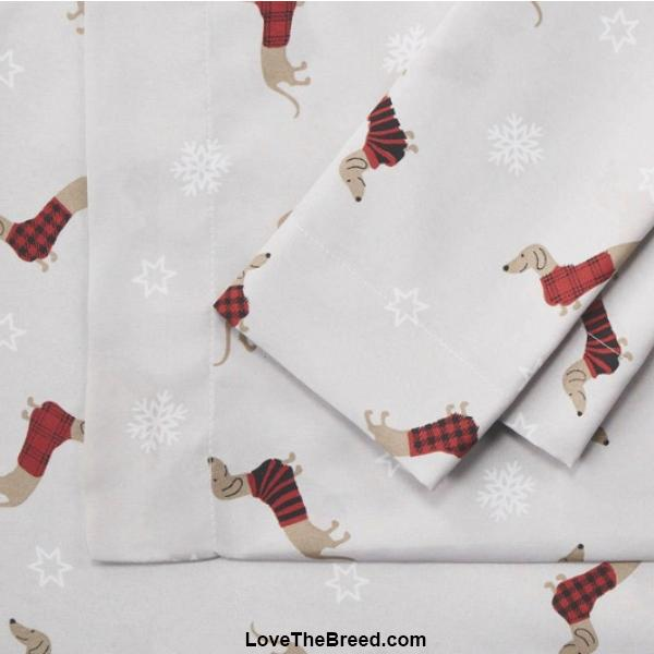 Dachshunds in Red Sweaters and Snowflakes Print Sheet Sets