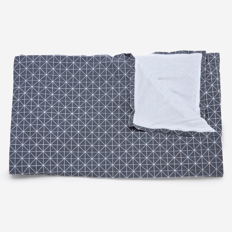 Folding A-Part Origami Geometric Throw – Gray