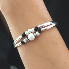 free pearl bracelet offer with purchase