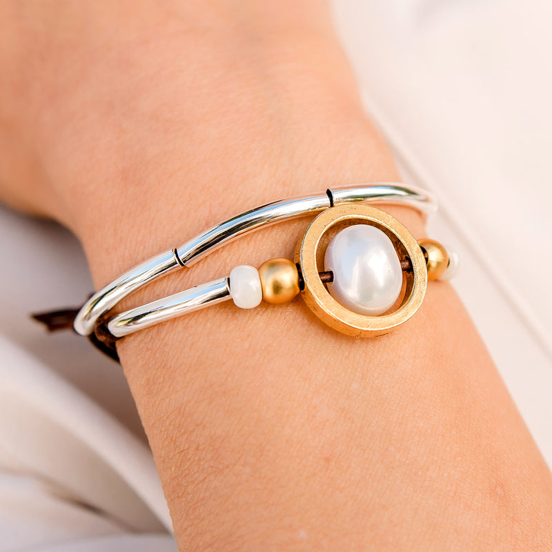 Dionne Adjustable Bracelet with Freshwater Pearl