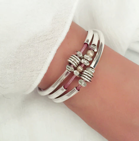 Love Wrap Single Strand in Metallic Fruit Punch Leather