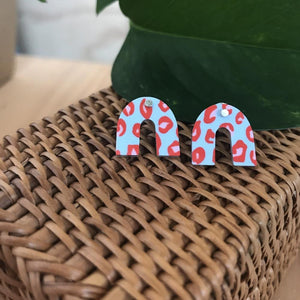 Red Lined Leopard Small Rainbow Arch Stud Earrings