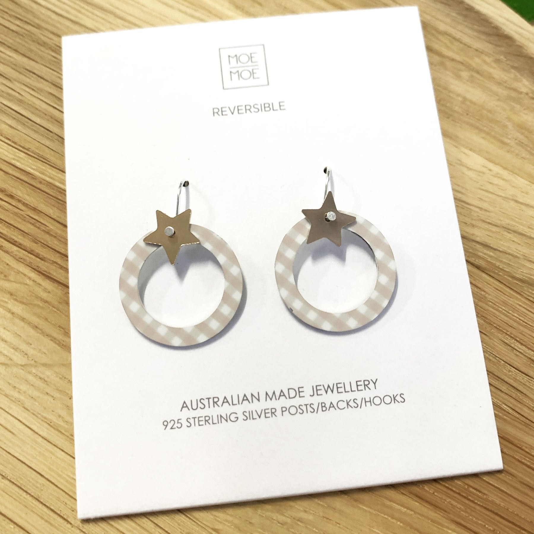 Summer Oat Gingham Star Outline Circle Drop Earrings
