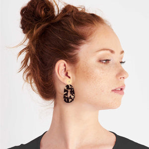 Tortoise Shell Organic Circle Stud Earrings