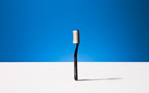 Broad Toothbrush, Black, Natural bristles