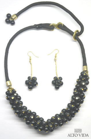 Alto Vida Bead Bunch Caviar Black Necklace Earrings Set