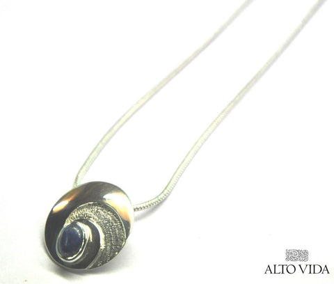 https://cdn.shopify.com/s/files/1/0709/0683/files/AVSS-PENDANT-CIRCULAR_ABSTRACT-2.jpg?11465533902563560701