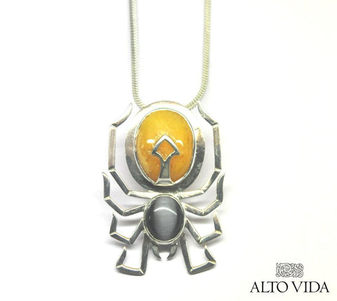 https://cdn.shopify.com/s/files/1/0709/0683/files/AVSS-PENDANT-SPIDER-2.jpg?11465533902563560701