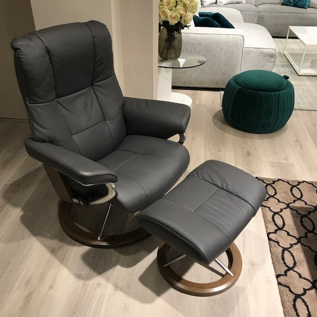 Sillon STRESSLESS modelo MAYFAIR en piel Paloma Rock - SIDIVANI distribuidores oficiales STRESSLESS en Madrid