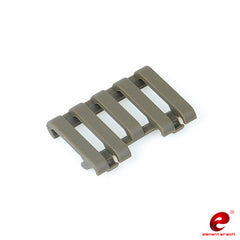Element 5-Slot Rail Cover with Wire Loom (Color: DE)