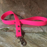 Matte bright pink short leash