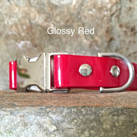 Glossy red collar