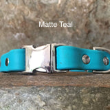 Matte bright teal collar