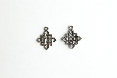 Charm - Chinese Knotting, Antique Silver - KEY Handmade  - 1