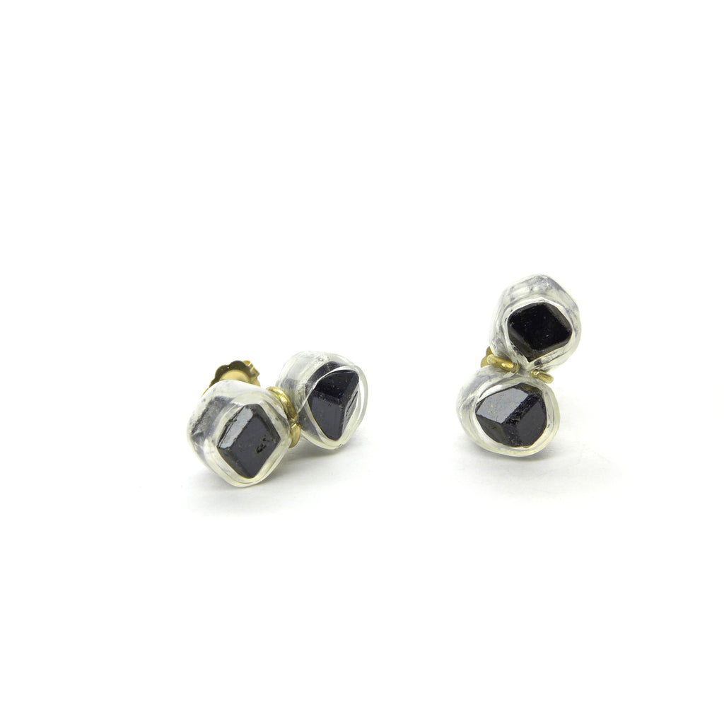 black garnet crystal twin sud earrings