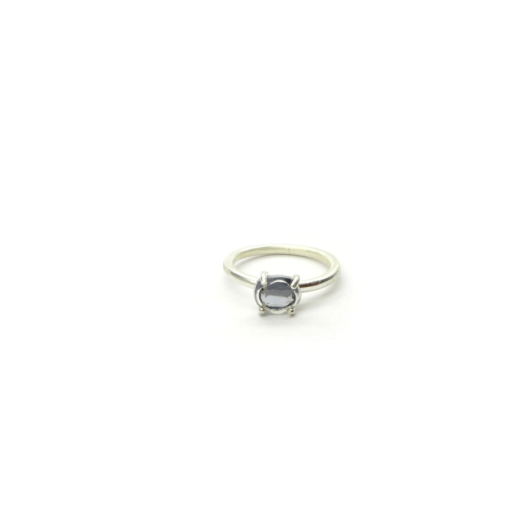 gray spinel ring