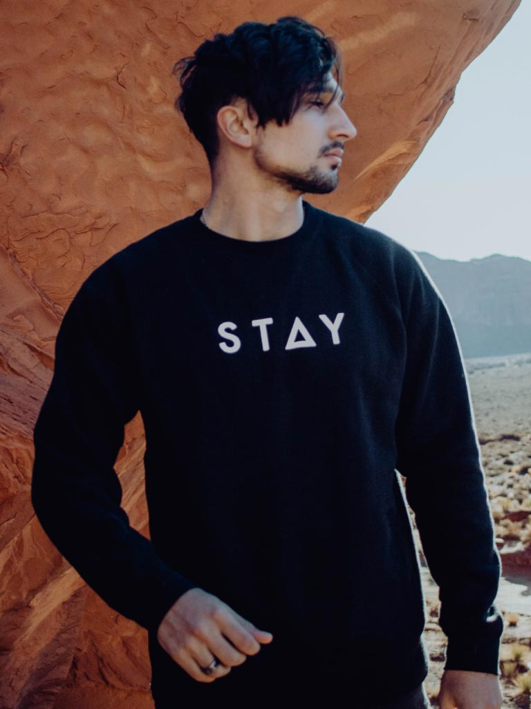THE MINIMAL SWEATSHIRT - BLACK