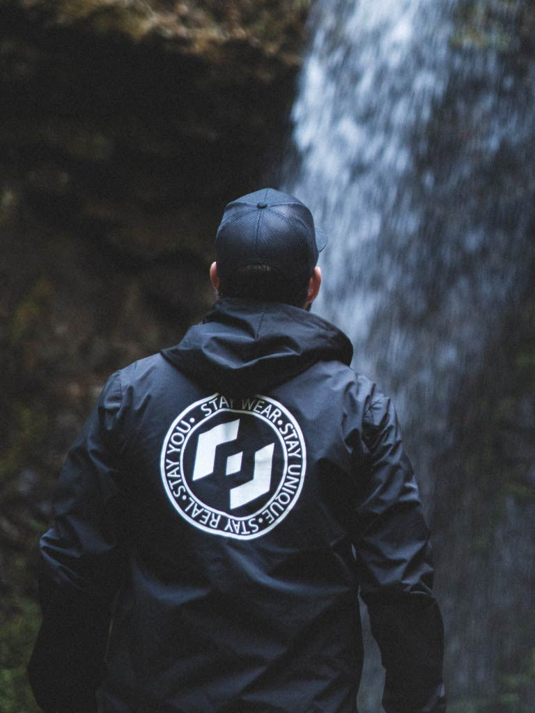 MOTTO WINDBREAKER - BLACK