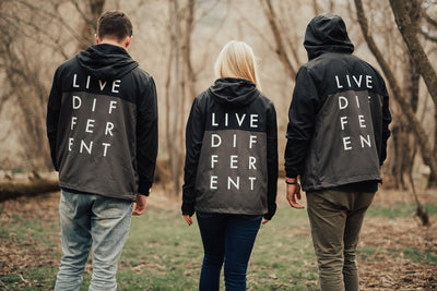 LIVE DIFFERENT WINDBREAKER - BLACK/GRAY