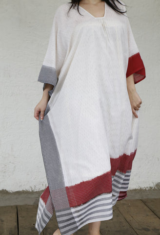 RED AND WHITE KAFTAN