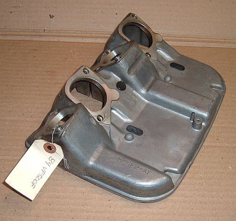 1984 Honda VF500 Interceptor AIB BOX CARBURETOR MOUNTING BASE PLATE